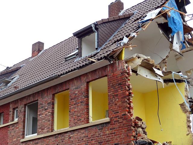 Derribos y demoliciones  Artés