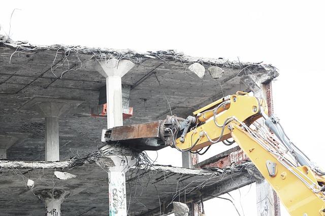 Derribos y demoliciones  El Prat de Llobregat