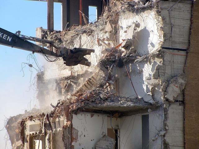 Derribos y demoliciones  Calella